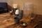 卓上の調味料と蕎麦茶と薬味