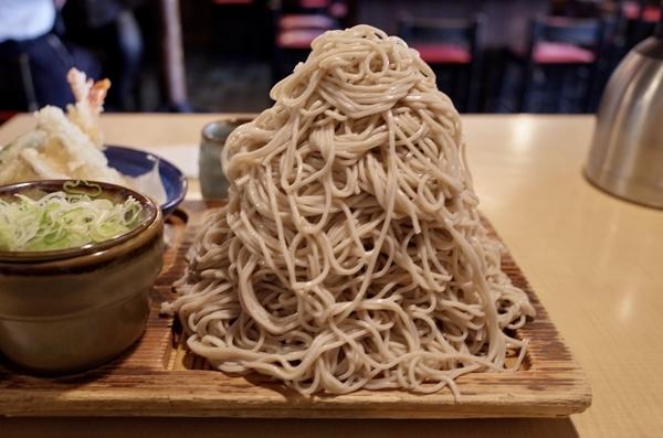富士山盛りの蕎麦