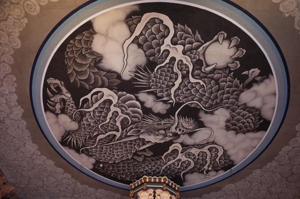 法堂の天井の雲龍図
