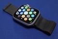 スペースブラックミラネーゼループを装着したApple Watch series 4の交換機