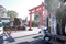 朱塗りの鳥居と上総の国下総の国国境の碑