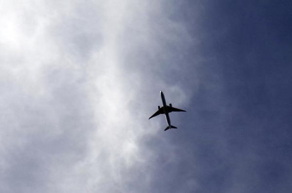 上空の旅客機