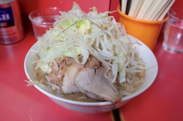 ぶたラーメン(700円)ヤサイ