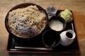恵み蕎麦【特盛700g】(800円)+とろろ(100円)+鯖出汁変更(0円)