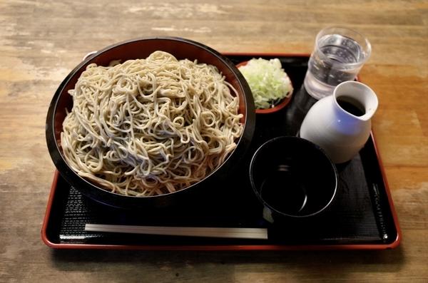 地粉切り新蕎麦【特盛700g】(950円)+鯖出汁変更(0円)