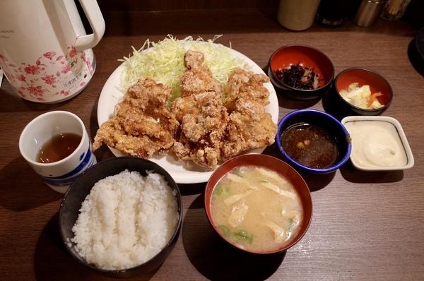 唐揚定食【6枚・おろしポン酢】(920円)+タルタルソース追加(50円)