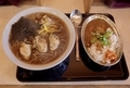 牡蠣そば(750円)+大盛【1.5倍】(100円)+スパイシーチキンカレー【小】(350