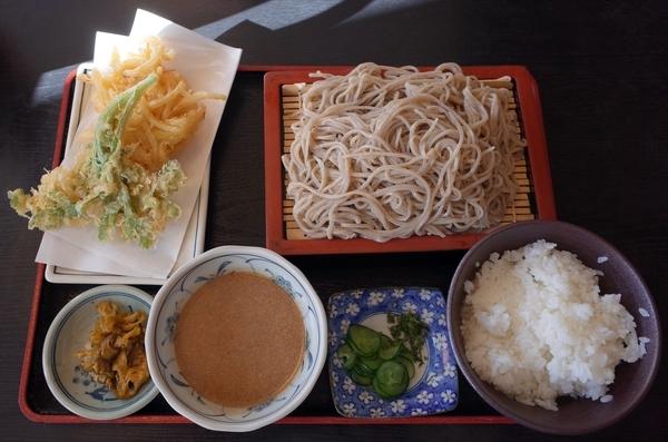 冷汁そば定食(1150円)+麺の大盛り(150円)
