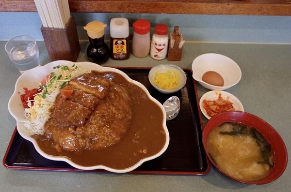 カツカレー(800円)