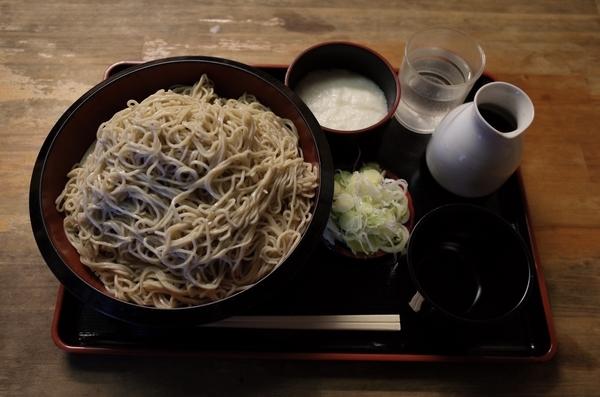 特製 牡丹蕎麦【特盛700g】(950円)+とろろ(100円)+鯖出汁変更(0円)