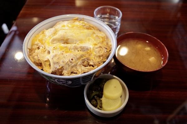 カツ丼(1000円)+大盛(100円)