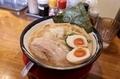 味玉濃厚中華そば(950円)+麺大盛り(130円)
