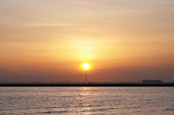 夕陽とスカイツリー2