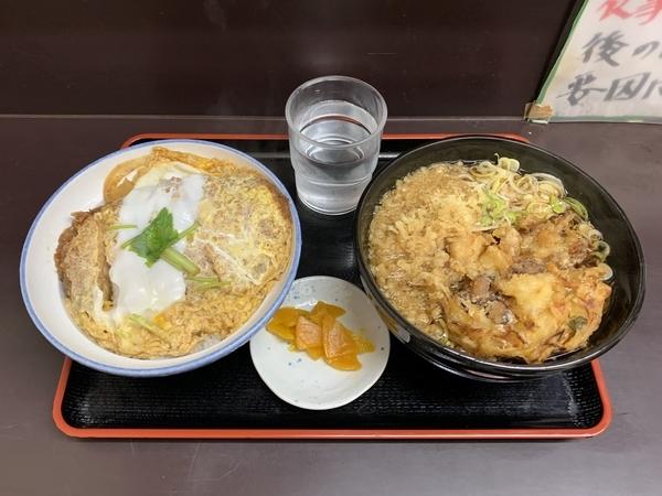 満腹カツ丼セット(690円)+単品・ゲソかき揚げ(130円)