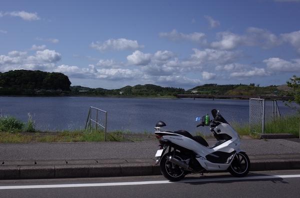 高滝湖とPCX150
