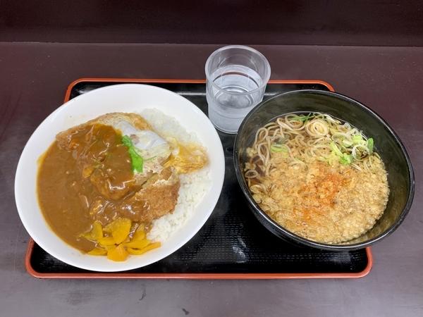 満腹カツ丼カレーセット(730円)