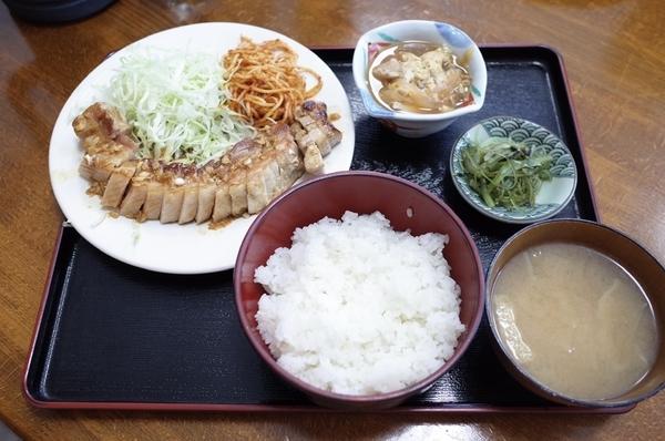 豚バラニンニク正油焼(880円)