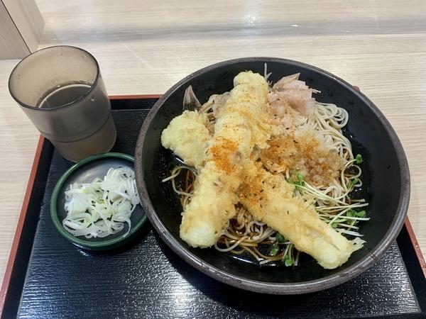 太刀魚のちくわ天そば(560円)