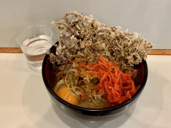 舞茸天玉そば(510円)+大盛(50円)