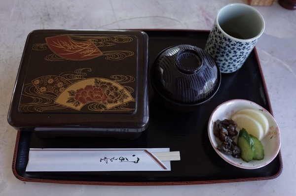 上うな重(3200円)