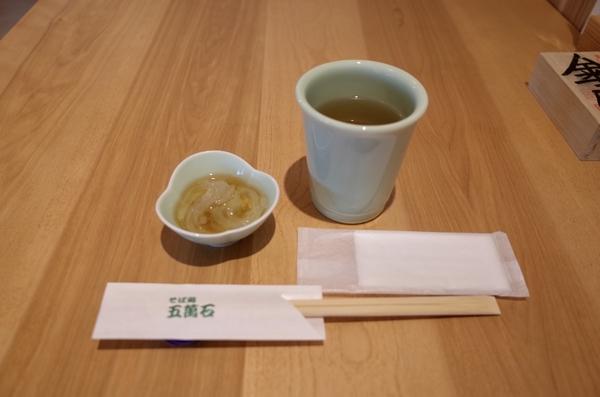 温かい蕎麦茶と心太