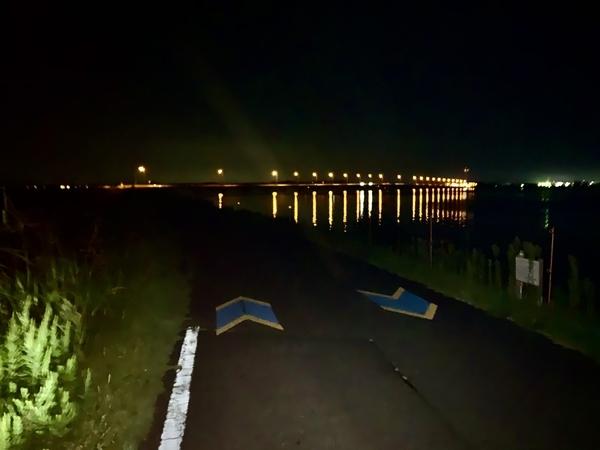 霞ヶ浦大橋が見えた