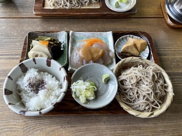 そば定食(1450円)