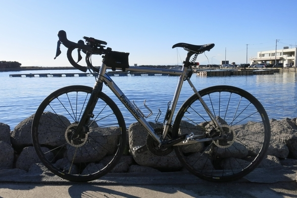 保田漁港とパナチタン