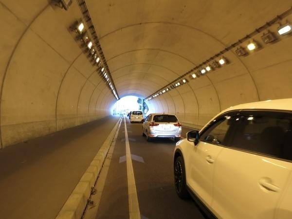 勝岩トンネル