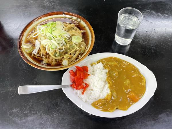 天ぷらそば(450円)+小、カレーライス(400円)