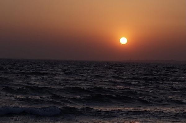 幕張の浜の夕陽