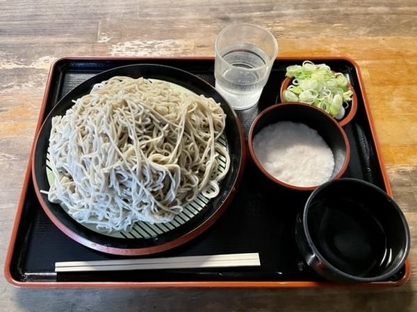 恵み蕎麦【大盛500g】(650円)+とろろ(100円)+鯖出汁変更(0円)