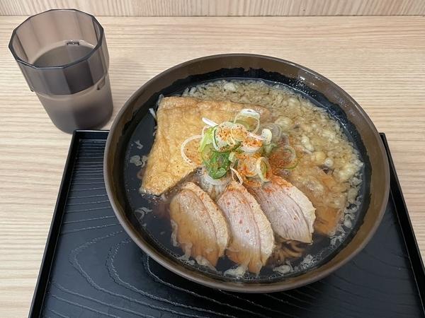 鴨そば(620円)