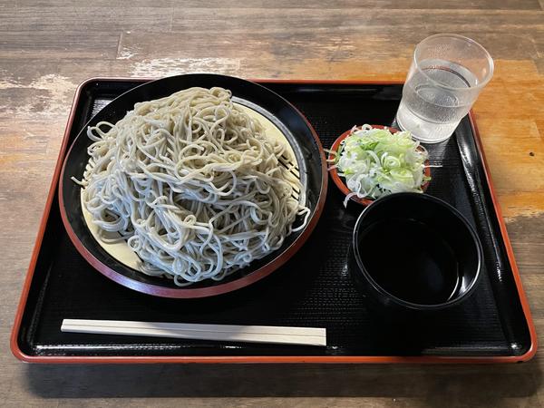 茨城産常陸秋そば・地粉切り【大盛500g】(800円)+鯖出汁変更(0円)
