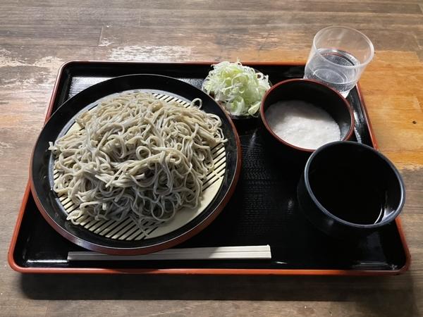 地粉切り【並盛350g】(650円)+とろろ(100円)+鯖出汁変更(0円)