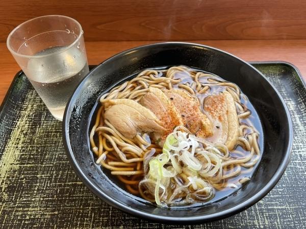 鴨そば(480円)