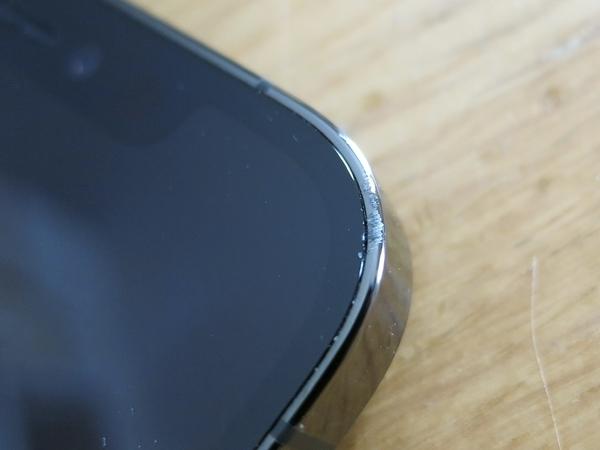 iPhone12proの傷