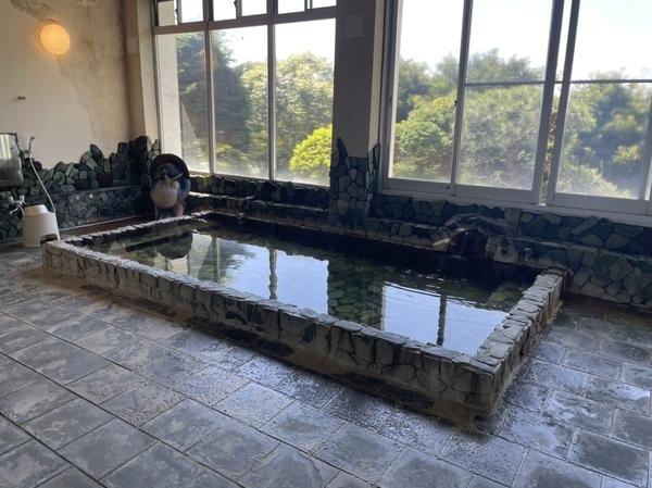 内風呂浴室