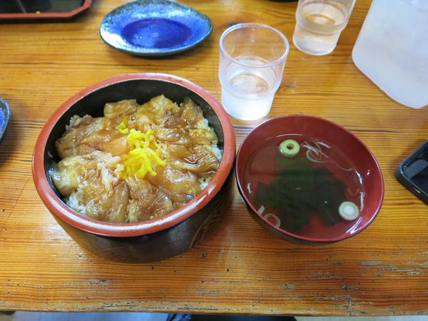 べっこう丼(1200円)+大盛(100円)