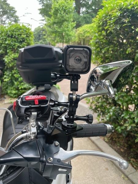PCX150にGoProバイクマウントを取り付ける2