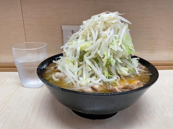 みそラーメン(800円)自動ヤサイ