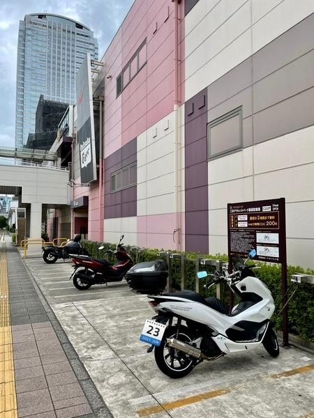 海浜幕張のバイク置き場