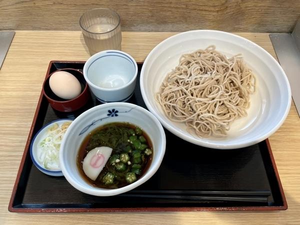 三陸産めかぶつけ蕎麦(580円)