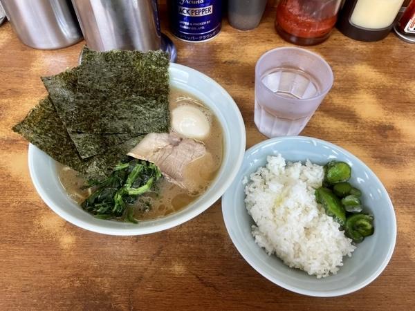 味玉ラーメン並(750円+)ライス(0円)【中盛り200gお替わりOK】