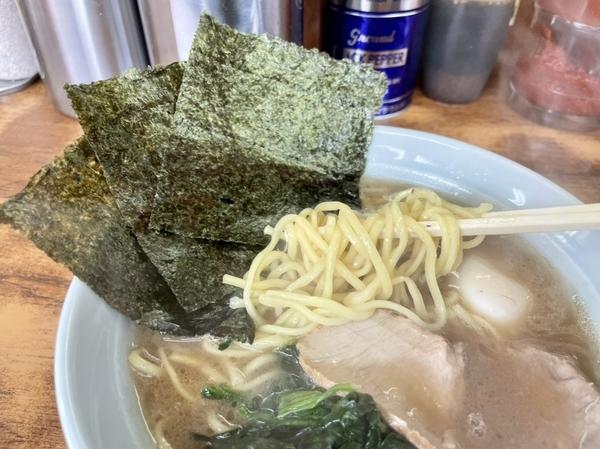 酒井製麺の麺リフト