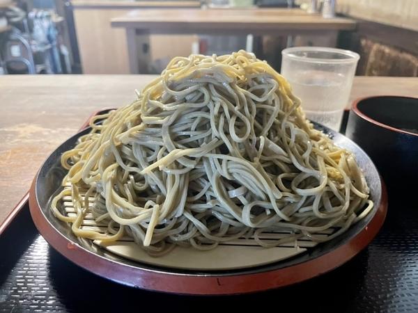 大盛のダッタン蕎麦