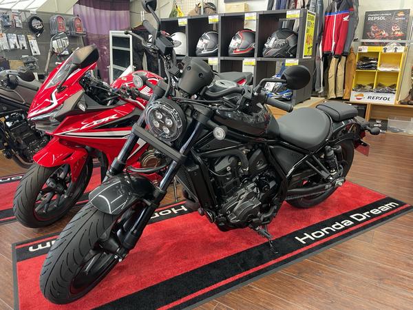 試乗車兼レンタルバイクのレブル1100