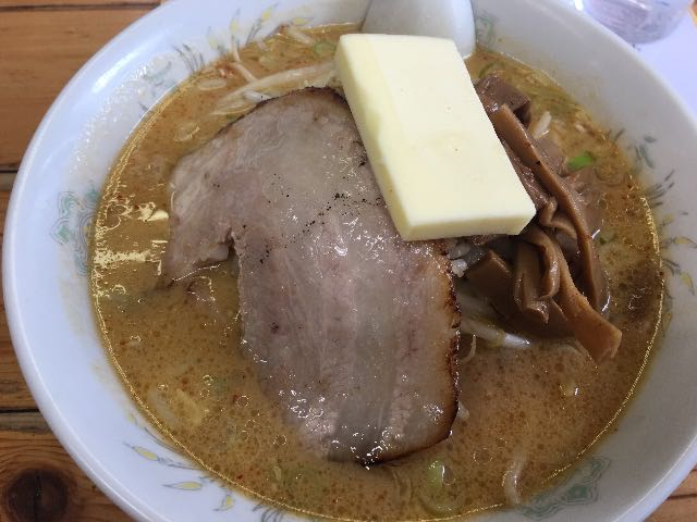 味噌らーめん(チャーシューバラロール変更)+バター