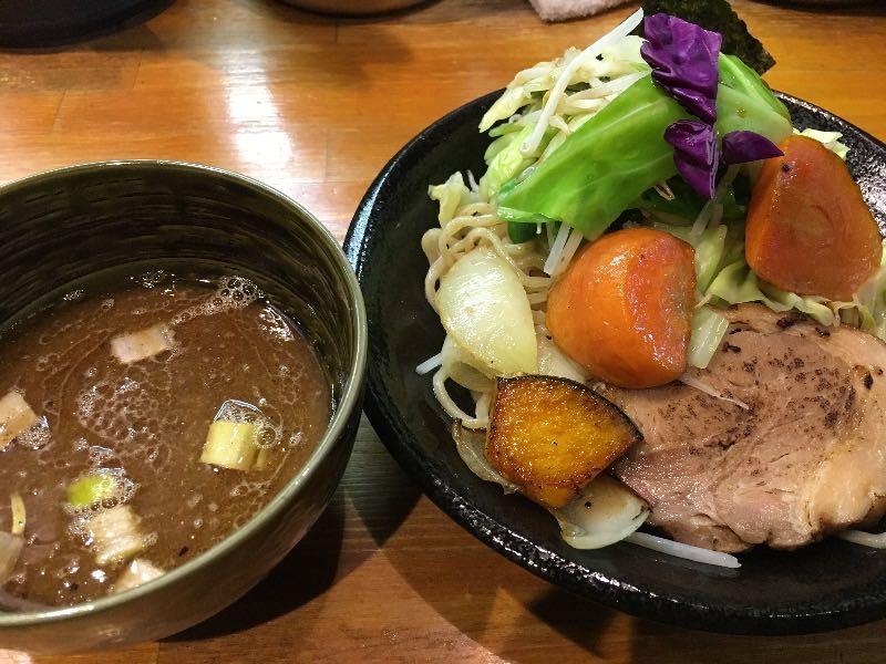 つけ麺+本日の野菜達