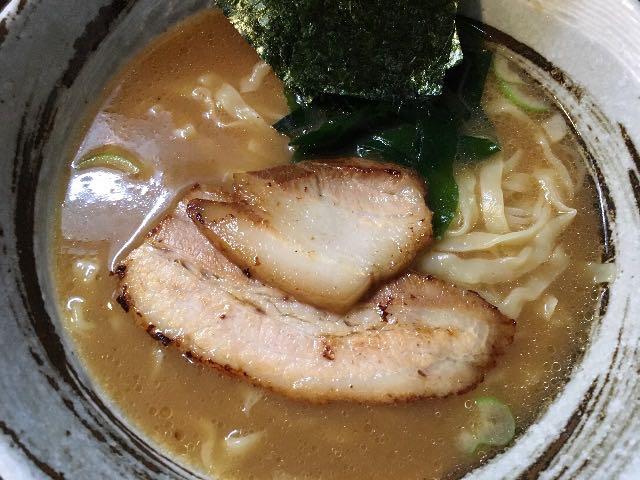 魚介醤油ラーメン